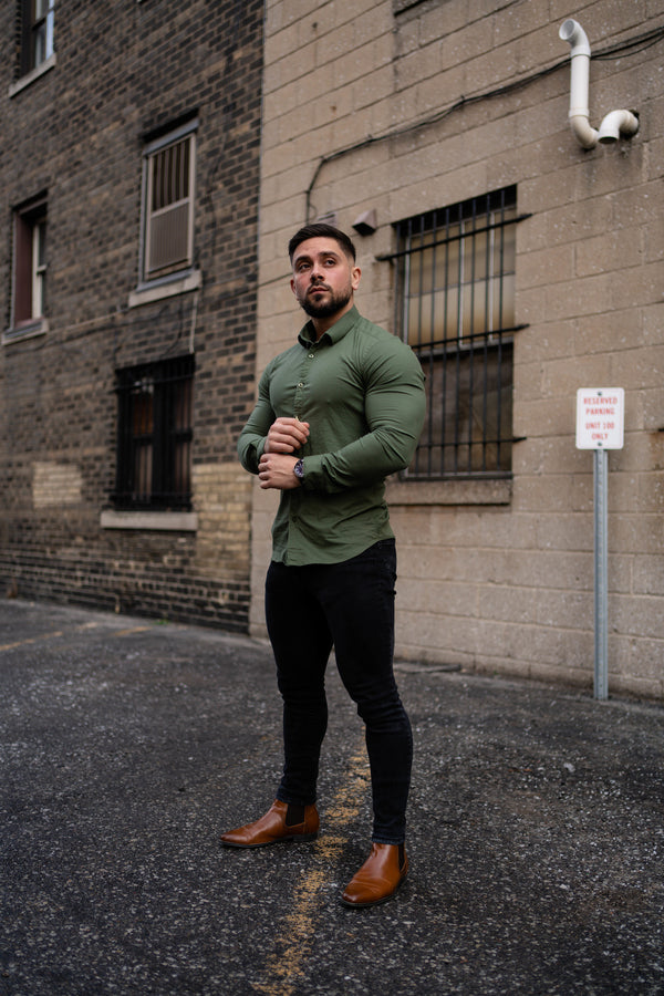 best shirts for muscular guys