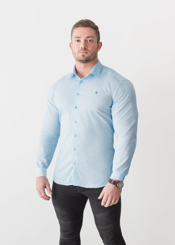 Light Blue Tapered Fit Shirt. A Proportionally Fitted and Comfortable Muscle Fit Shirt. The Best Shirts For a Muscular Build