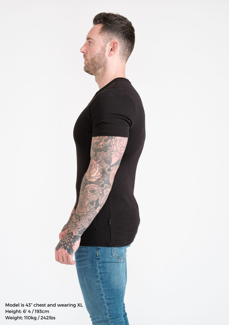 Mens Black Tapered Fit T-Shirt. A Proportionally Fitted and Muscle Fit T Shirt. Ideal for muscular guys.