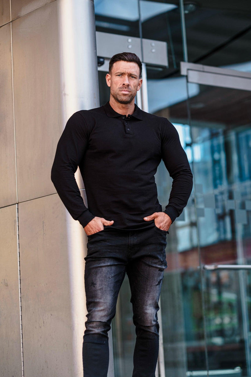 Muscle fit black polo shirt for Men. A Proportionally Fitted and Muscle Fit black polo. Ideal for muscular guys.
