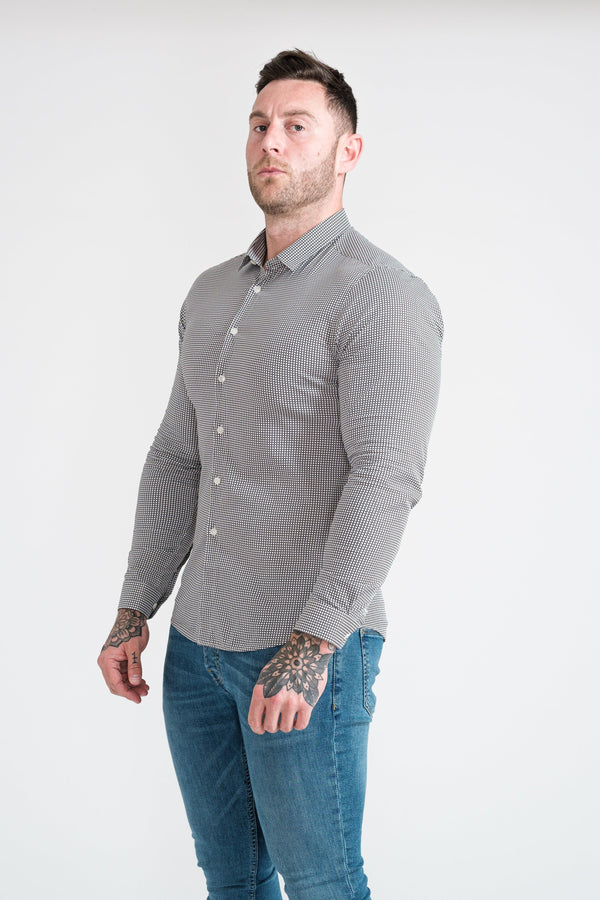 Pattern Muscle Fit Shirt. A Proportionally Fitted and Comfortable Muscle Fit Shirt. Ideal for bodybuilders