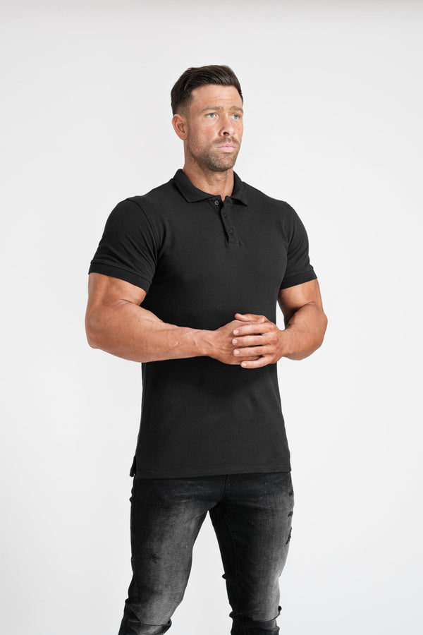 Muscle Fit Polo Short sleeve in black. A Proportionally Fitted and Tight Polo Shirt in Black. Ideal for bodybuilders.