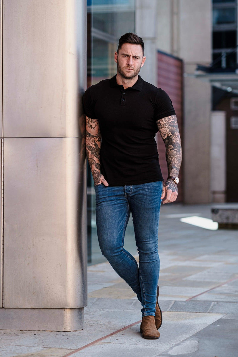 Tapered Fit short sleeve polo black. A Proportionally Fitted and Muscle Fit Polo Shirt. Ideal for muscular guys.