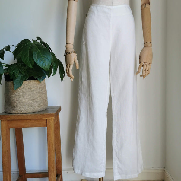 white wideleg  trousers