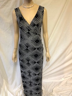 Black and Silver Illusion Pattern Dress, V neck style