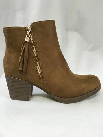 Tanned Tassle Zip Detail Heeled Boots