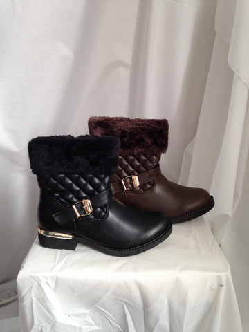 fir top buckled ankle boots