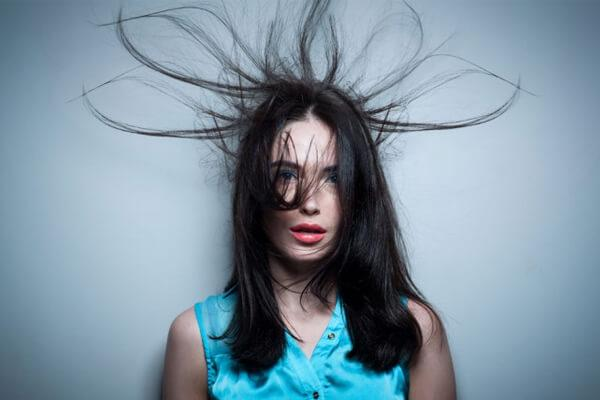 How Do You Get Rid of Static in Your Hair: Eight Do's and Don'ts