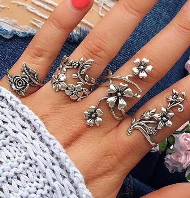 'LEAH' VINTAGE KNUCKLE RINGS