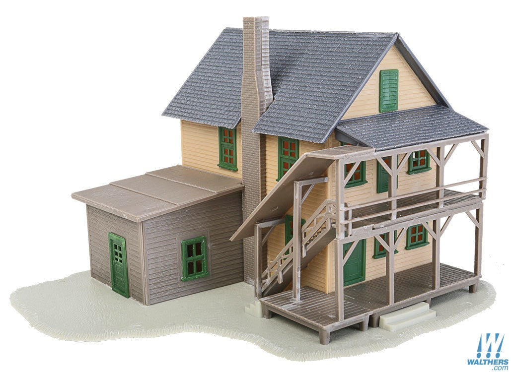 WALTHERS TRAINLINE HO ROOMING HOUSE KIT