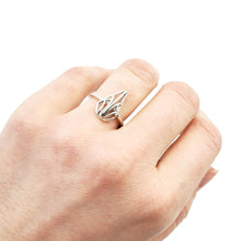 Load image into Gallery viewer, Mini Openwork Teardrop Ring