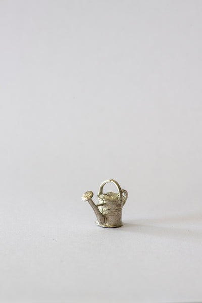 1/24th Watering can in Pewter