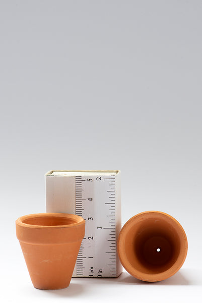 Set of 5 1/12th scale Terracotta Pots