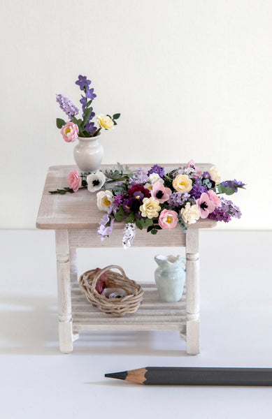 12th Scale Artisan Flower Arrangers Table