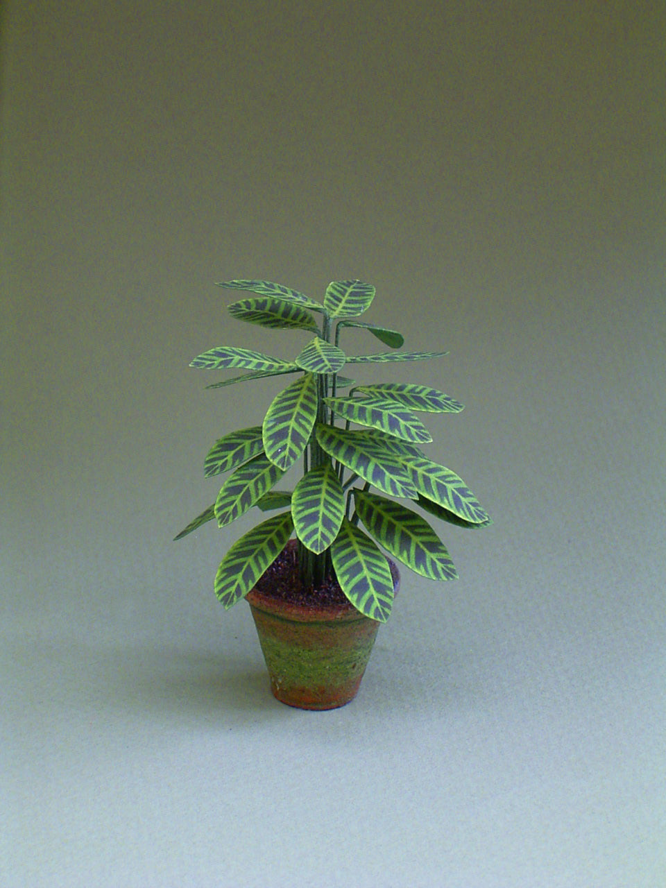 Maranta Leaf Kit  for 1/12th scale Dollhouses, Florists and Miniature Gardens
