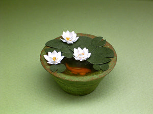 Waterlily Paper Flower Kit  for 1/12th scale Dollhouses, Florists and Miniature Gardens