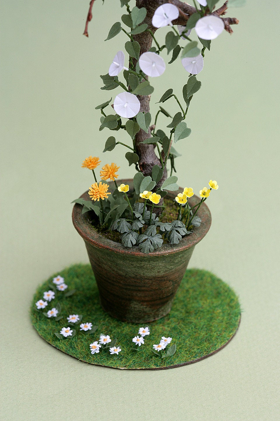 Buttercup Paper Flower Kit  for 1/12th scale Dollhouses, Florists and Miniature Gardens