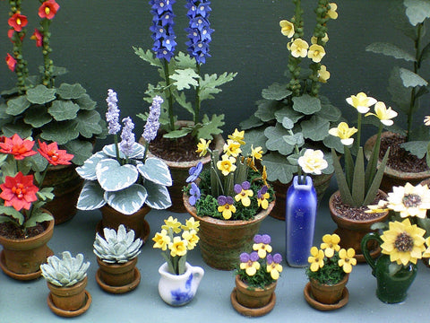 "1/24th Daffodil Paper Flower Kit for 1/2"" scale Dollhouses, Florists and Miniature Gardens"