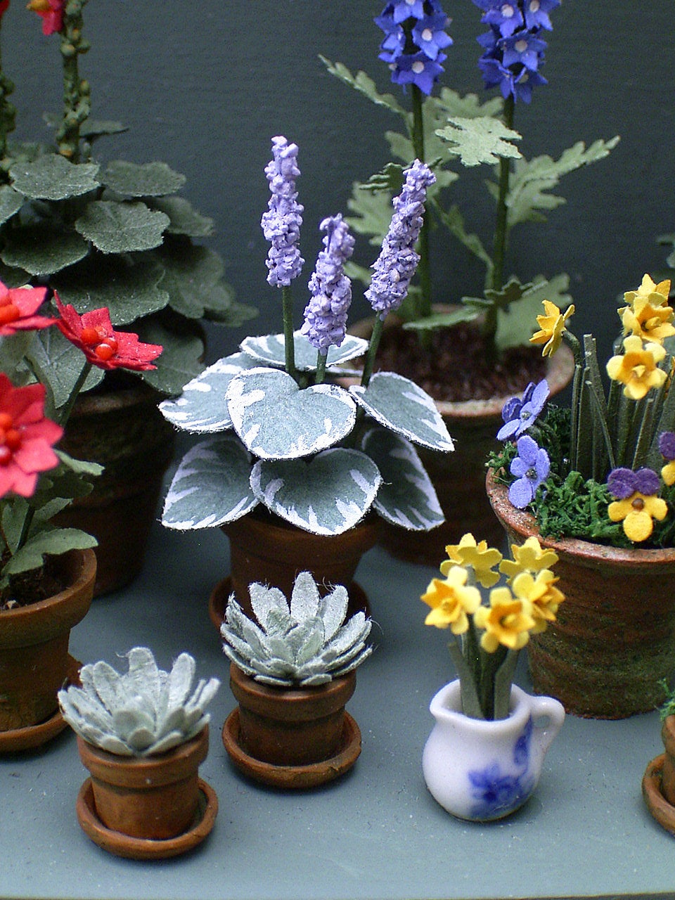 "1/24th Hosta Paper Flower Kit for 1/2"" scale Dollhouses, Florists and Miniature Gardens"