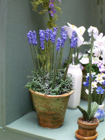 "1/24th Lavender Flower Kit for 1/2"" scale Dollhouses, Florists and Miniature Gardens"