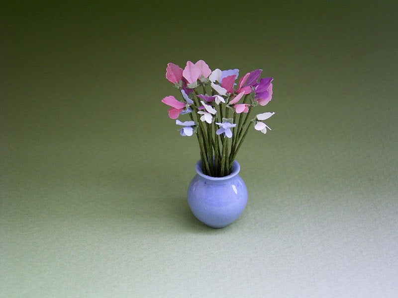 Sweetpeas Paper Flower Kit  for 1/12th scale Dollhouses, Florists and Miniature Gardens