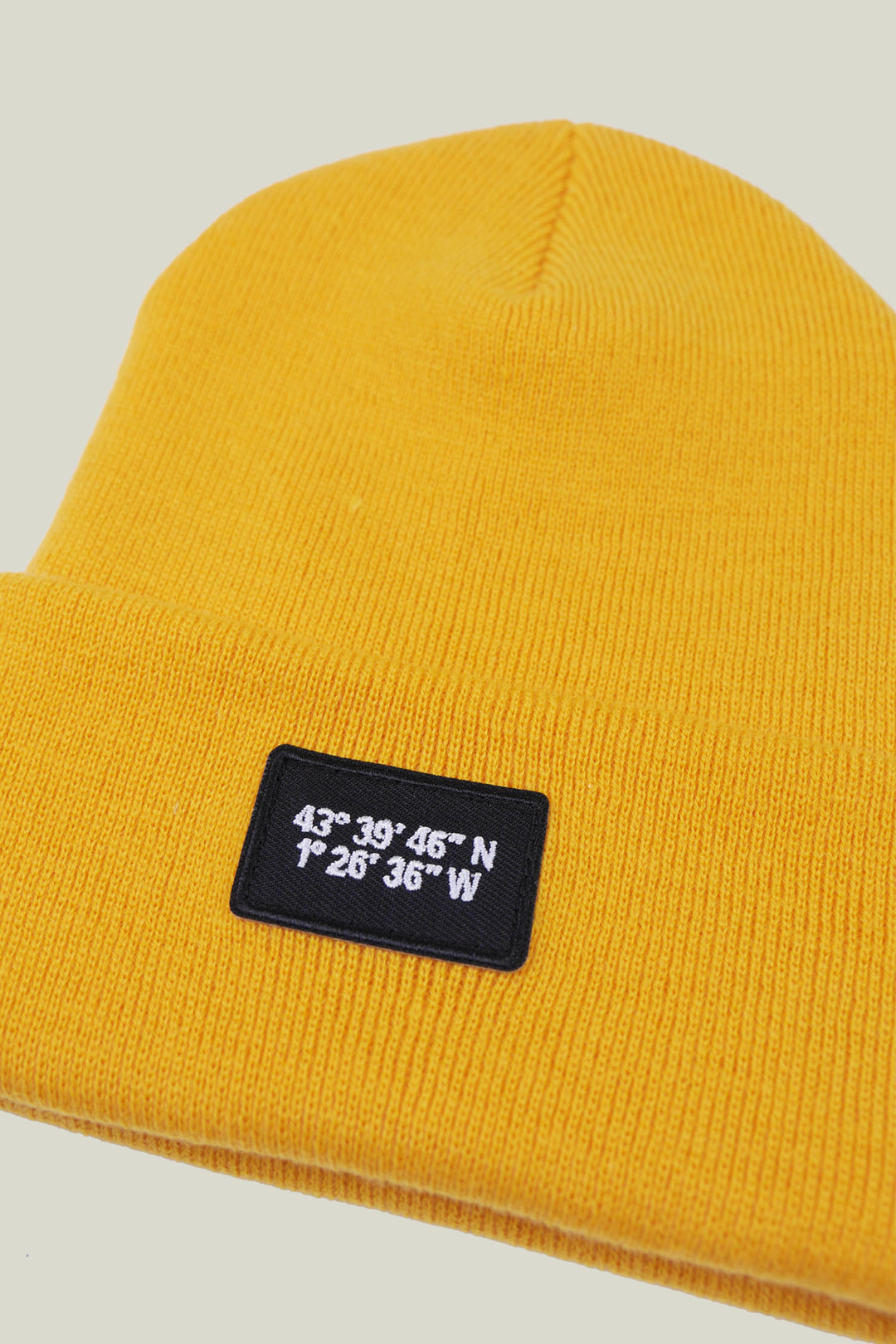 "Bonnet ""Cold Morning"" - Gold"