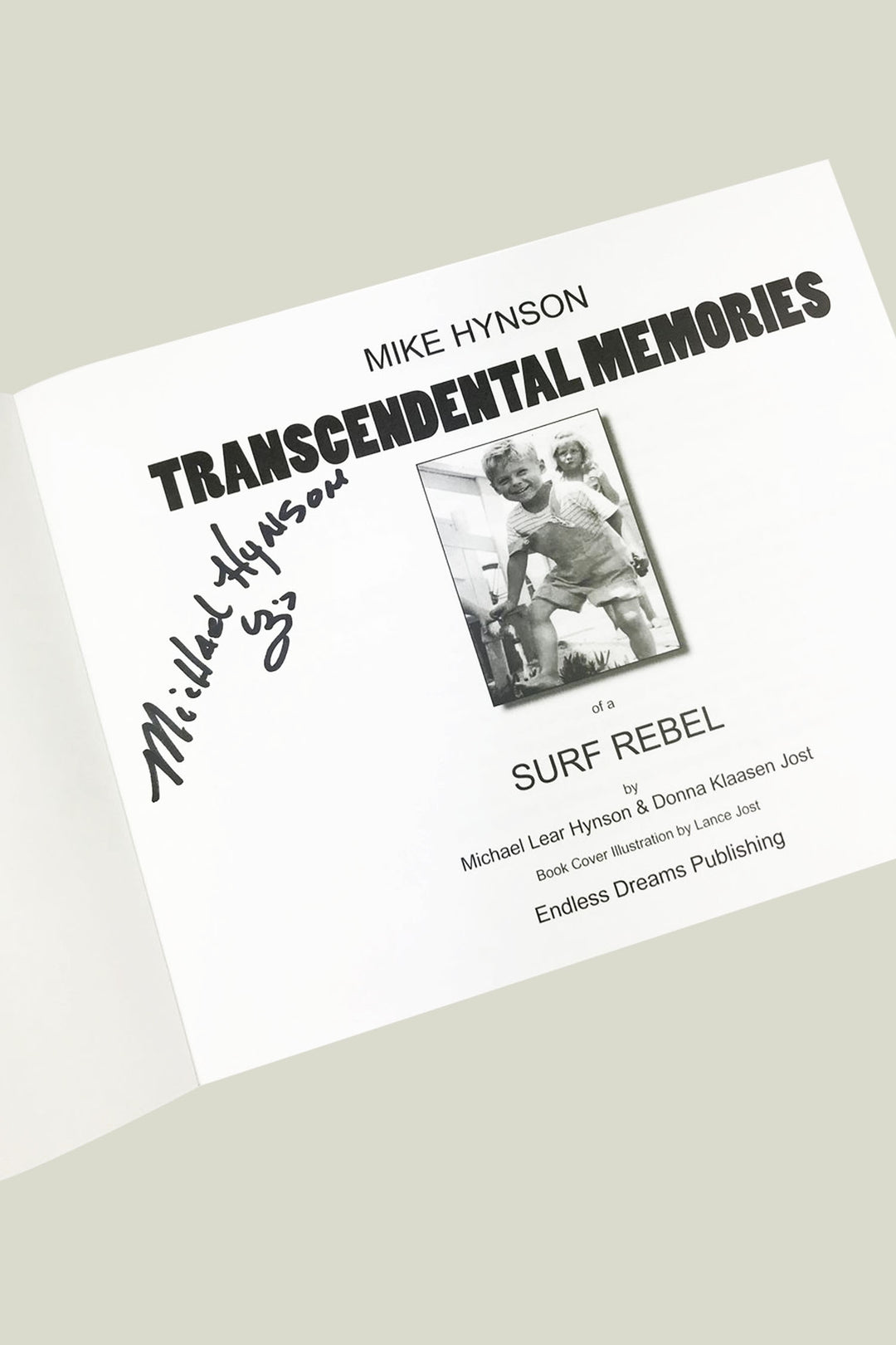 Mike Hynson - Transcendental Memories of a Surf Rebel (signed edition)