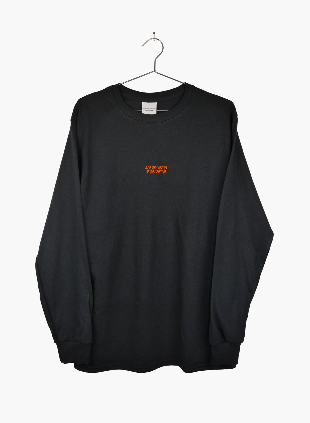 Surfin Estate, long sleeve t shirt, black color.