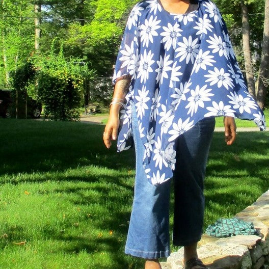 chiffon poncho - blue with white daisies
