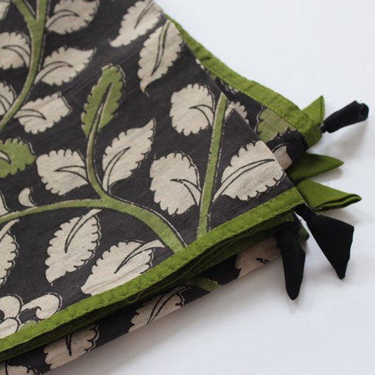 kalamkari scarf - green trim and tassels