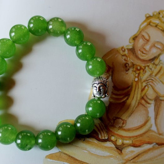 green gemstone bracelet with Buddha