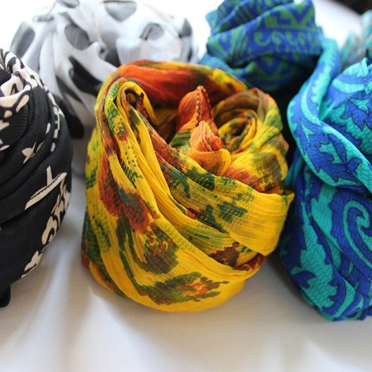 holiday gift scarves