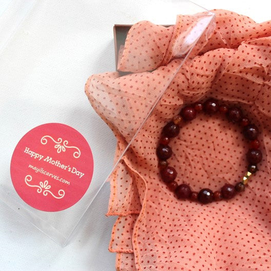 peach scarf and agate gemstone bracelet
