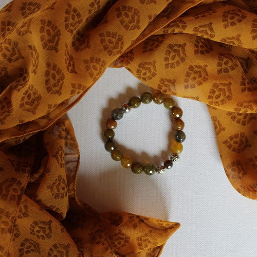 yellow scarf and honey agate bracelet