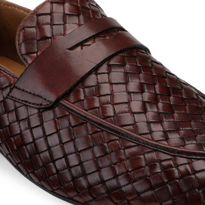 Men's Casual Moccasin Loafer in Weave with Chord Stitch