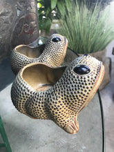 Load image into Gallery viewer, Vintage Frog Planters