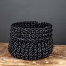Load image into Gallery viewer, Black Neo Cilindro Basket