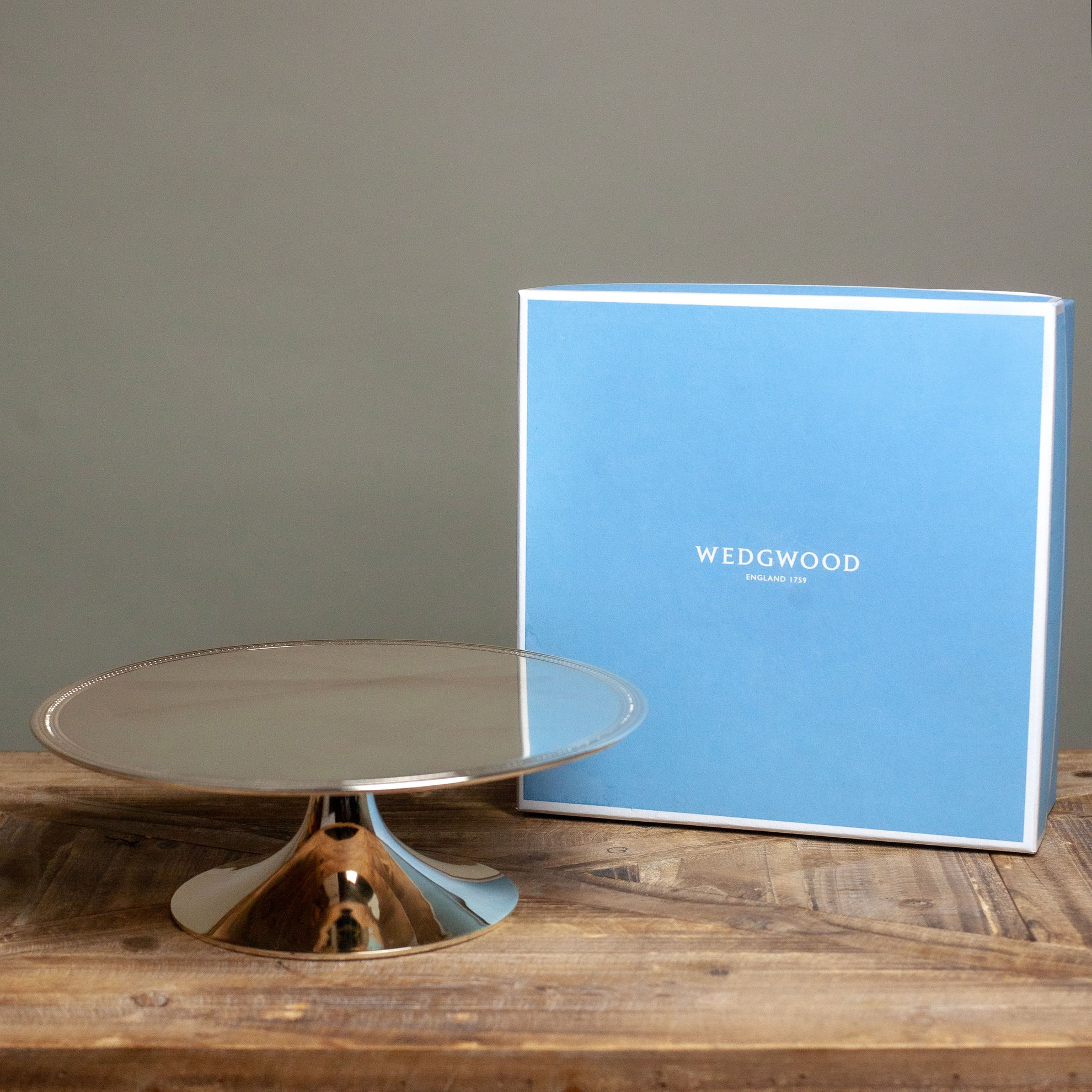 Wedgewood Simply Wish Cake Stand