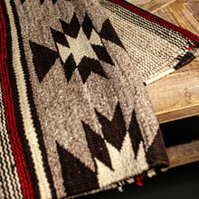 Load image into Gallery viewer, Navajo Rug