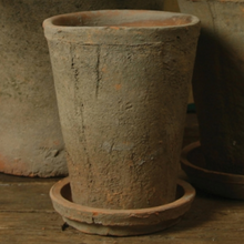 Load image into Gallery viewer, Rustic Terracotta Rose Pot