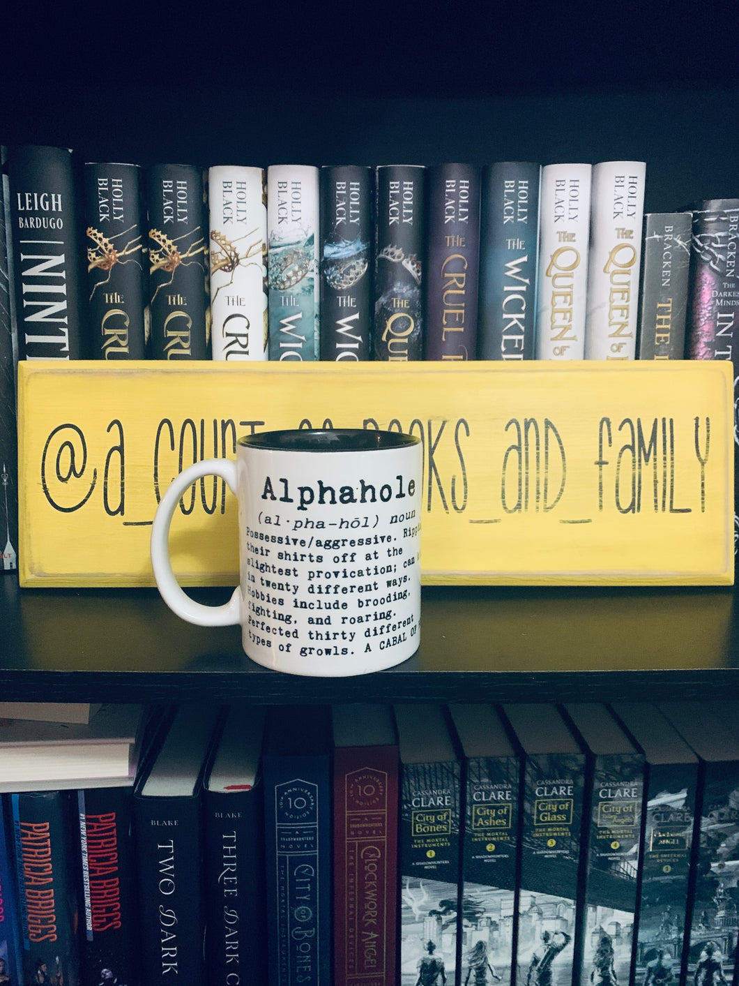 Don't be an Alphahole mug