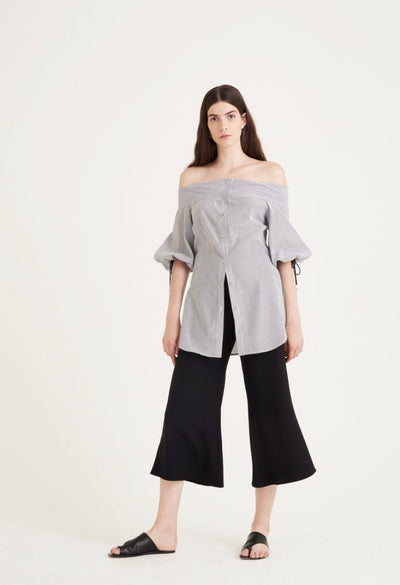 THAIS OFF-THE SHOULDER 3/4 SLEEVES SHIRT