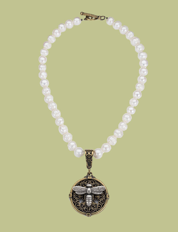 Pearls with Miel Stack Medallion Necklace