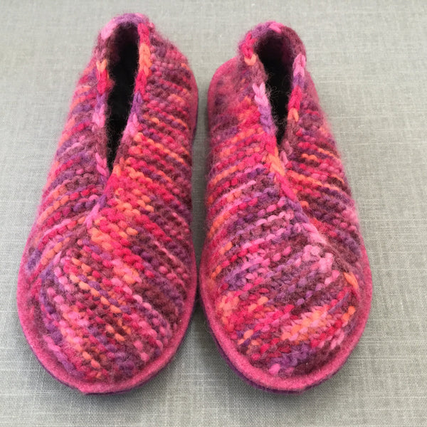 Joe's Toes Crossover Knitted Slipper kit - Fuchsia Mix