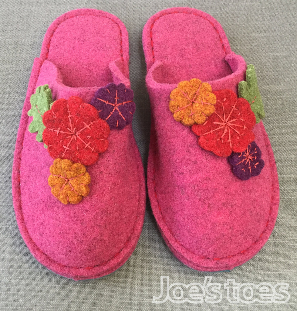 Joe's Toes hand made felt flower slippers in Fuchsia