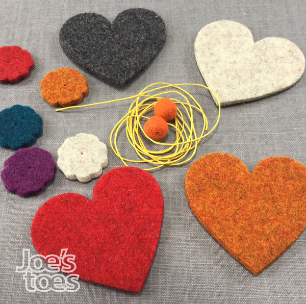 Joe's Toes felt garland kit components, 1.5m cord, felt flowers and large felt hearts with two pompoms