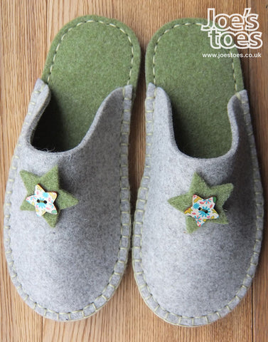 Grey & Green Felt Slipper - Star and Button