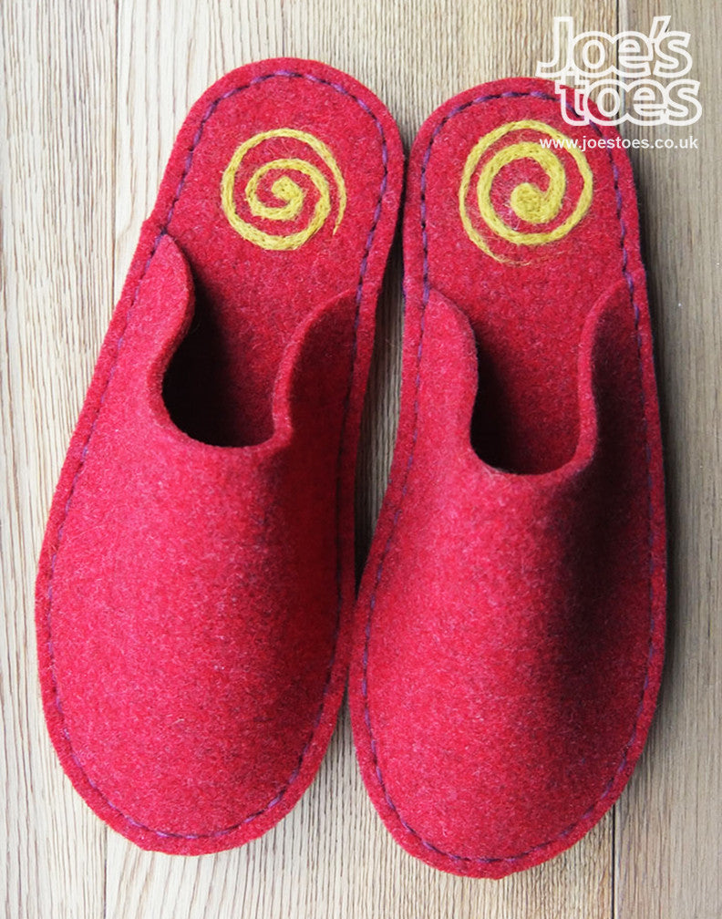 Red Felt Slipper - Yellow Swirl - Joe's Toes  - 1