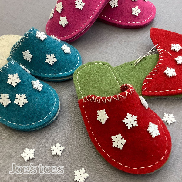 Joe's Toes Snowlake Slipper Kit