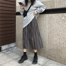 Load image into Gallery viewer, Women's Pleated Long Knitted Skirt